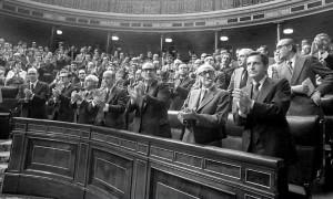 Congreso aprueba la Constitución